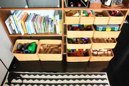 片づけやすいおもちゃ収納と散らかりづらい家具配置