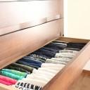 Tシャツ&カットソーは、色別に収納すればパパッと選べる