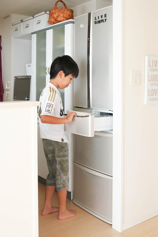 子ども専用コーナーでストレスフリーな冷蔵庫に