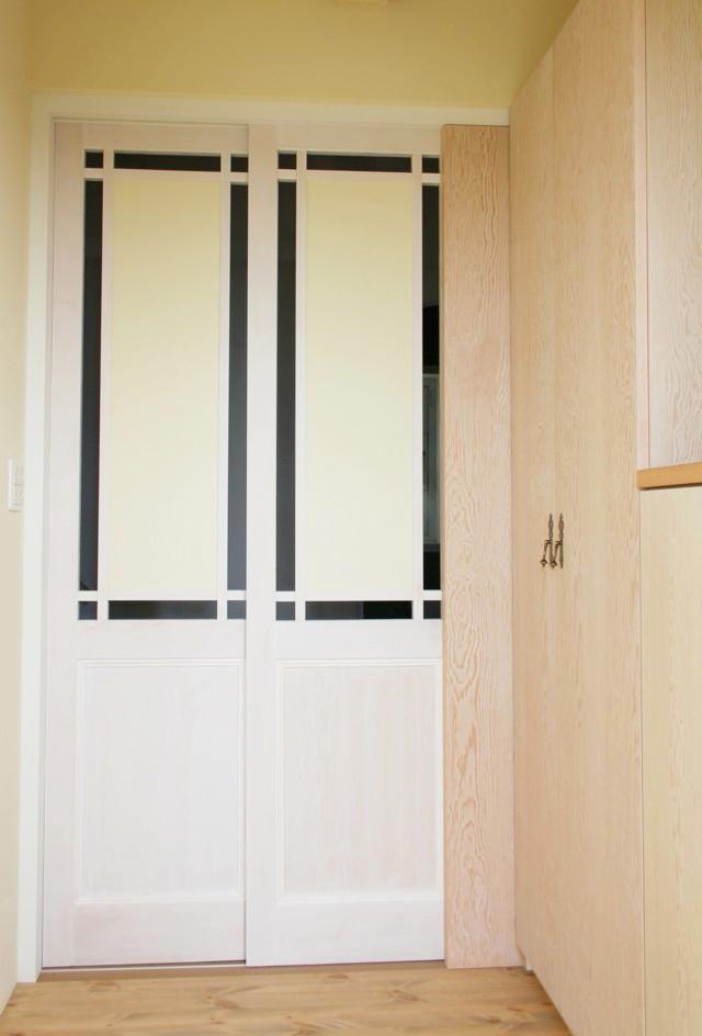 「チョイ掛け、チョイ置き」OK!なのに、片づく玄関収納