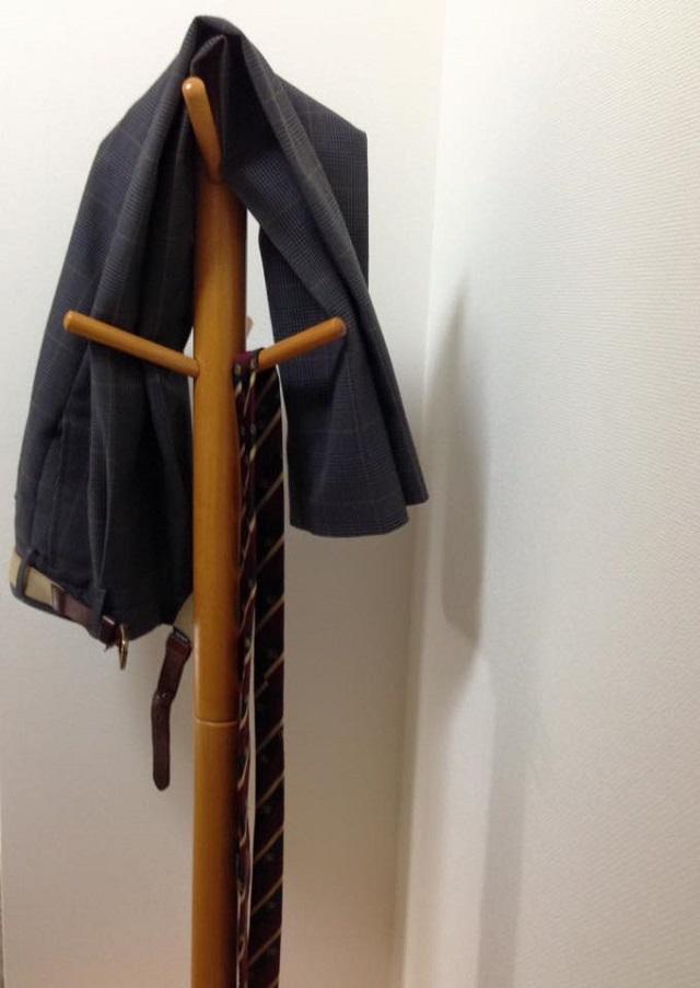忙しい高校生の制服収納は「だけ」システムでラクにキープ!