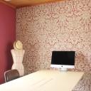 ペイントと壁紙でスモールオフィスをリノベーション!