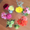 花束を花瓶に入れるだけではなく、家にあるモノを使って心豊かに楽しむ工夫とは?