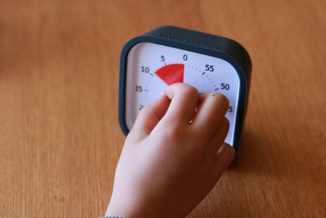 子どもに「あとどのくらい?」が伝わる!「時間の量」が見えるタイマーで残り時間を分かりやすく