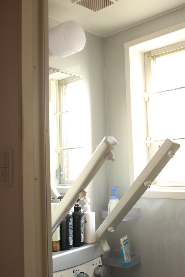 「使う場所にそのまま置く」で、シャンプーやリンスの在庫管理も家族にお任せ!