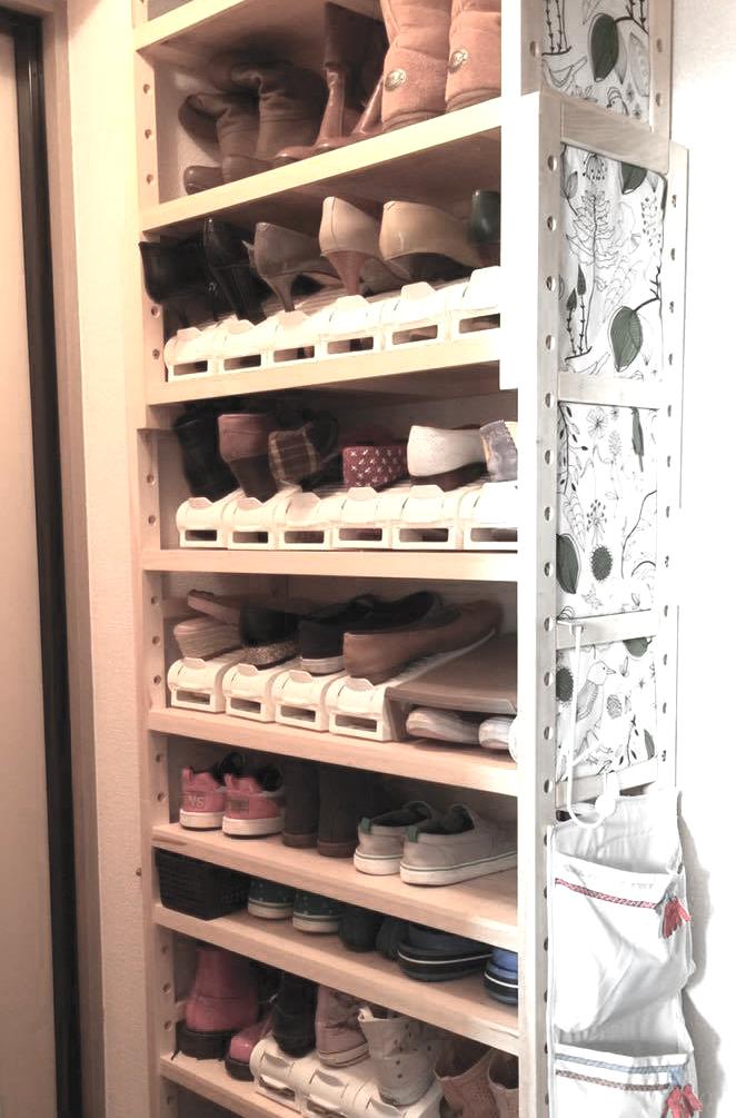 発想の転換で、大量の靴を収納するアイデア