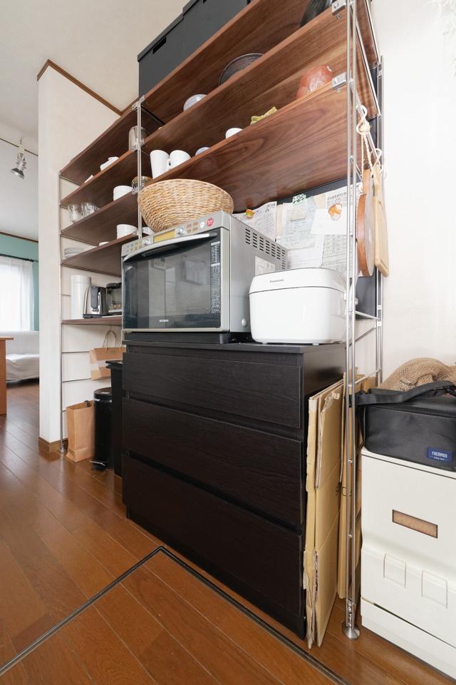 「無印良品」と「IKEA」で実現! キッチンの「見せる収納」と「隠す収納」