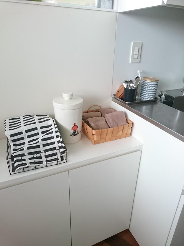 梅雨時の洗濯~片づけのプロに聞く!キッチンまわりのふきん管理システム5選