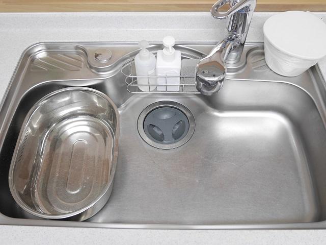 キッチンで洗い桶を使うのをやめました! 〇〇で代用することでいつも快適なキッチンに