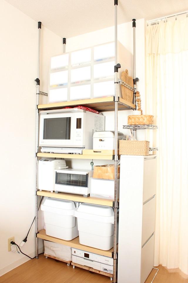 大容量! 天井までのスチールラックをキッチンで使いこなす