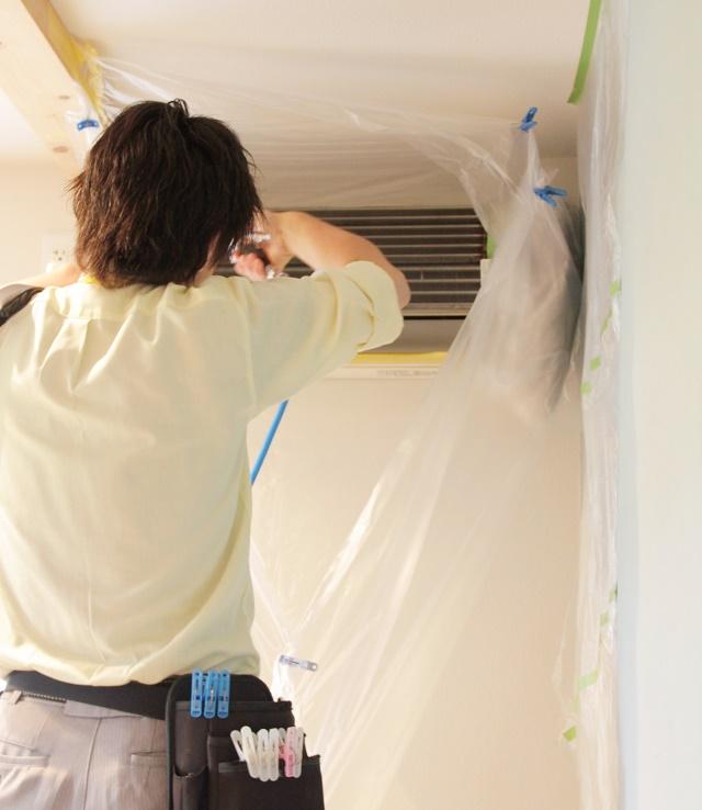 あなたのエアコン掃除は大丈夫? 自己流で大失敗!したからわかる、業者依頼のポイント
