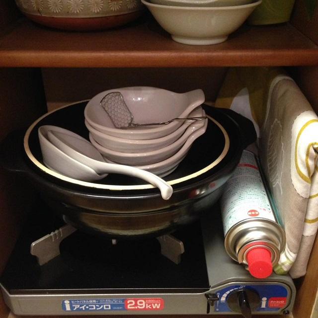 お鍋グッズはひとまとめにして、ラクちん収納