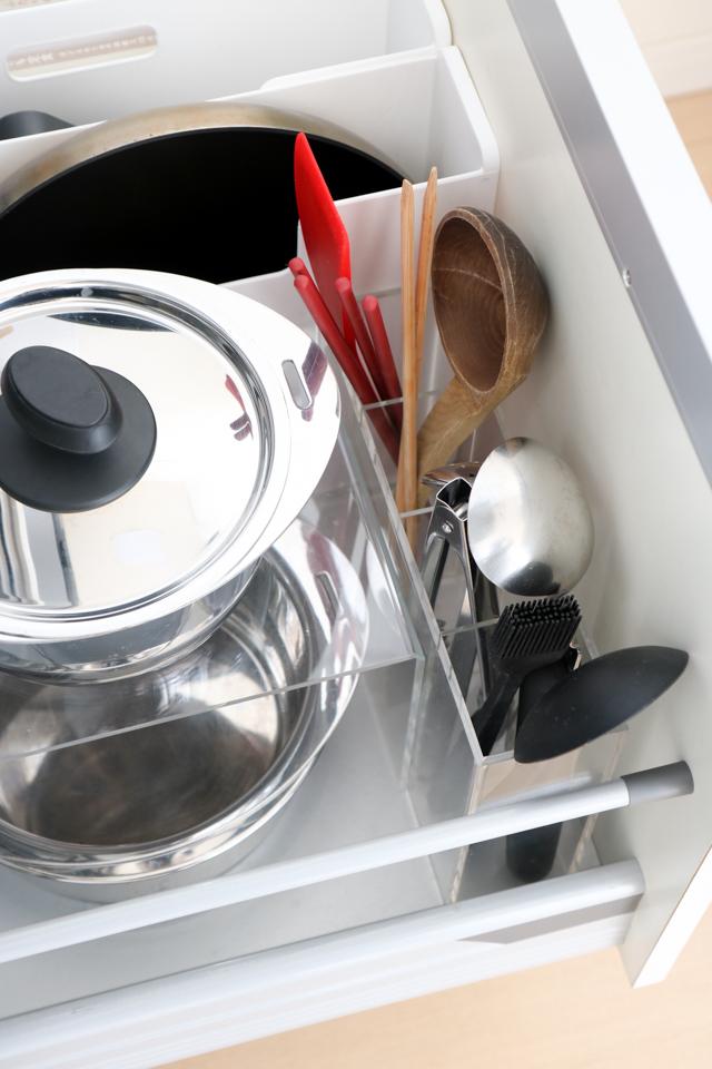 すっきり楽チン!毎日快適なキッチンツール収納の秘密とは?