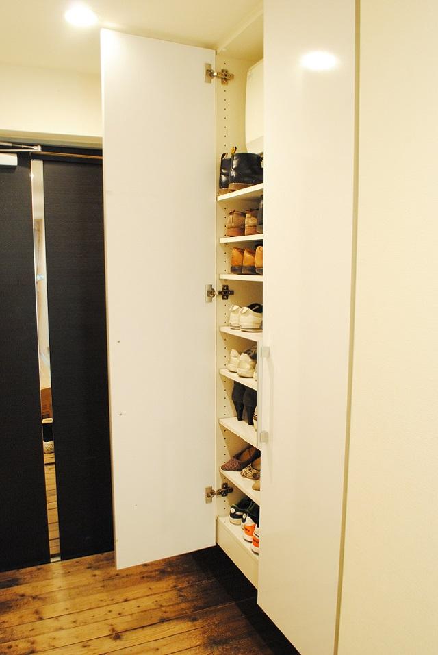 100円ショップ・突っ張り棒活用法! たった1本で靴箱の収納力が2倍に!!