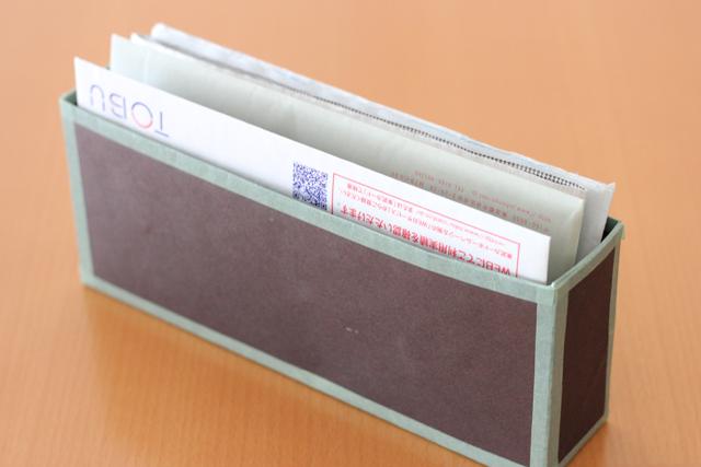 溜まりがちな郵便物とチラシは、行動動線で収める仕組みを考える