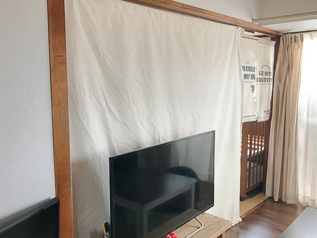 エアコン効率アップはDIYで解決!! 「はやく作ればよかった」オリジナルカーテン間仕切り