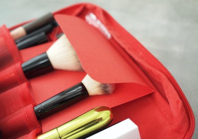 大きめサイズが便利!化粧品はIKEA洗面ポーチで時短&忘れ物ゼロ