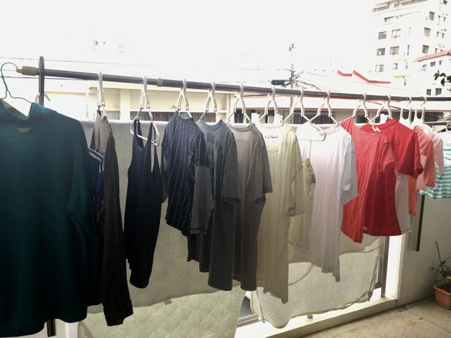 形も大きさもバラバラな洗濯ハンガーは、まとめて「タブトラッグス」ですっきり収納