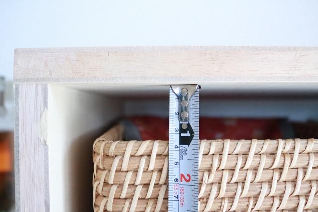 キッチンカウンターが狭くてもあきらめない! スペースが2倍になる『コの字ラック』DIY
