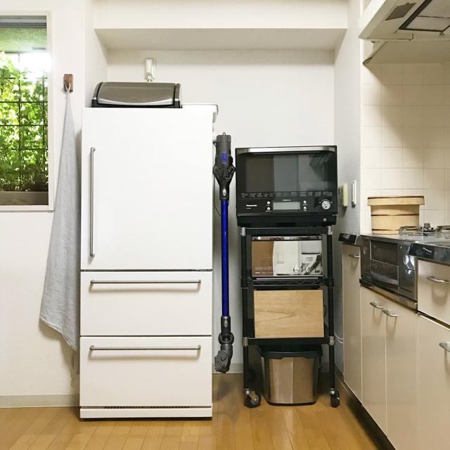 片づけのプロ4人に聞いた!出し入れの負担を下げる掃除機の収納場所、収納方法