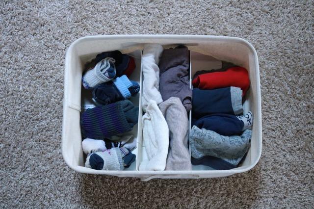 洗面所に収納がなくてもあきらめない!「無印良品」のラックでつくる子どものパジャマと下着スペース