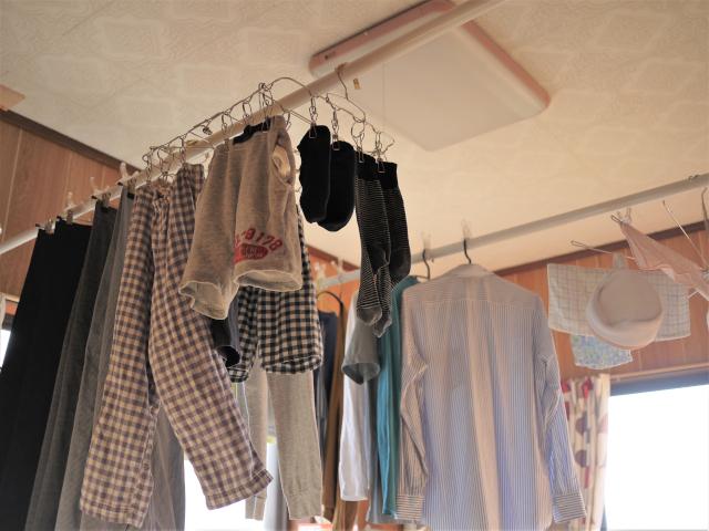 """どうしても早起きできない共働き家庭の""""洗濯の正解""""とは?"""