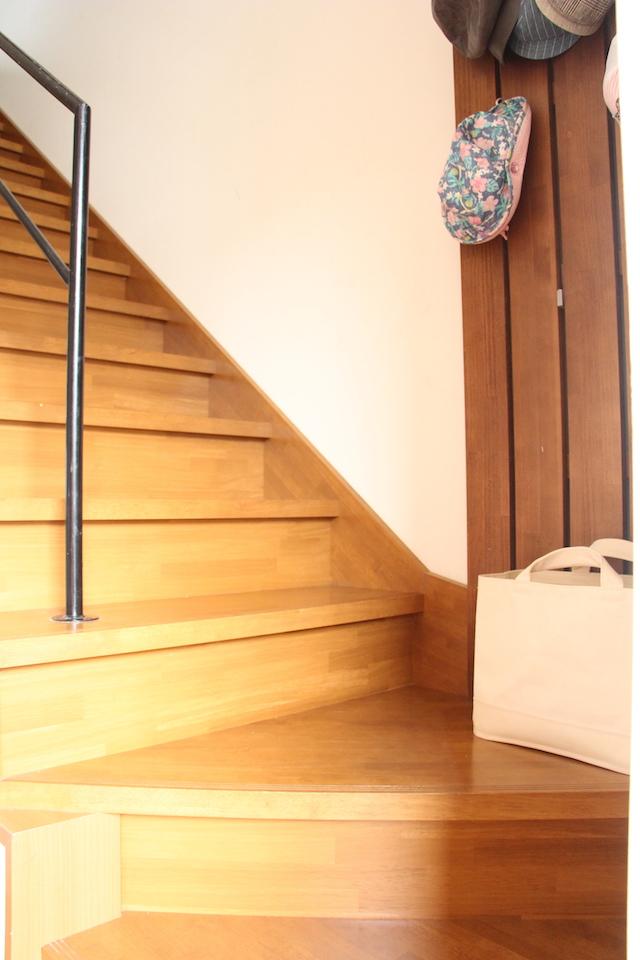 3階建て上下移動を美的に削減!「無印良品」の持ち手付き帆布長方形バスケットスリム