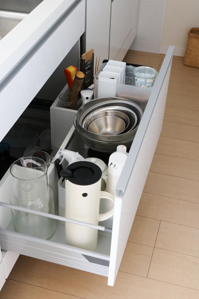デッドスペースを作らない!キッチンの深い引き出しをフル活用する3つの工夫とは?