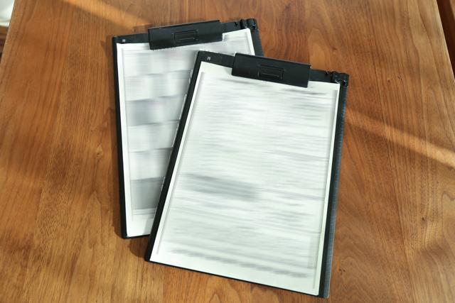 書類整理が苦手な片づけのプロが、ファイルボックス・クリアファイル・リングバインダーの代わりに選んだ3つの収納用品