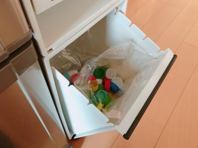 小さな分別用のゴミ箱しか置けない!あふれる!ときの工夫とは?