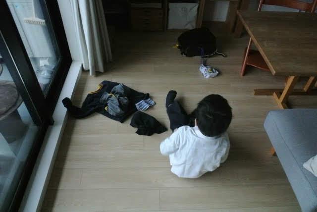"""子どもの洋服はどこにしまう? 答えは""""子どもの行動に合わせた""""分散収納でした"""
