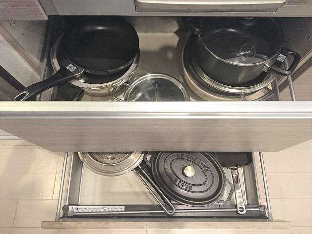"""おすすめ収納方法がいいとは限らない!鍋の収納の意外な""""正解""""とは?"""