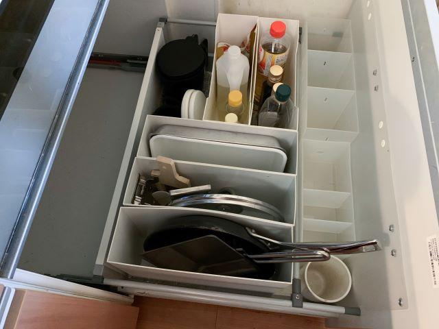 出しっぱなしからしまう収納へ。キッチンツール収納のビフォーアフター