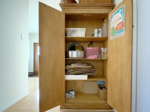 資源ゴミ置き場を快適に。家具を使った見た目重視のすっきり収納