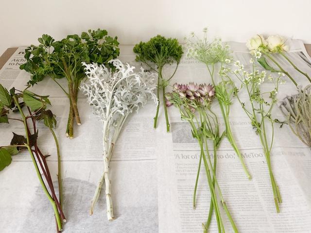 もらった花束やアレンジメントを気軽に長く楽しむ!「花屋さんスタイル」という飾り方