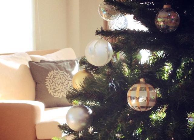 「小さい」が便利。暮らしに合わせる大人のクリスマスとお正月のデコレーション