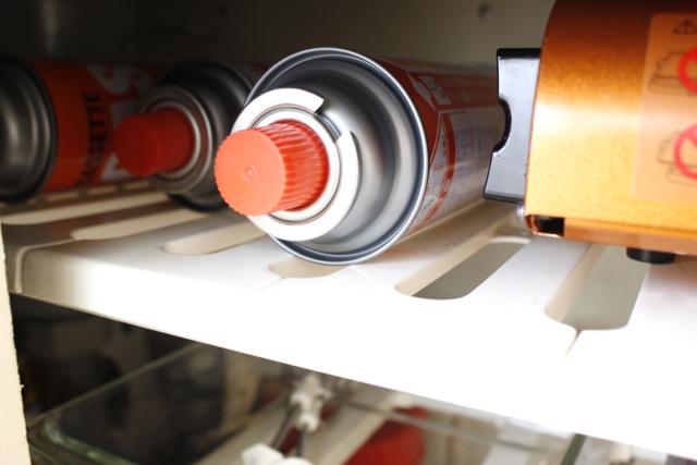 カセットコンロはインドアとアウトドアの両方で使いたい!収納場所は季節で変えると便利