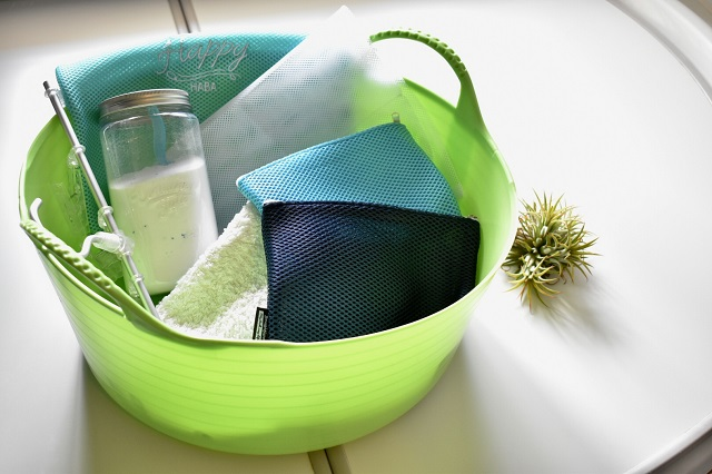 種類がたくさんあってバラバラな洗濯ネットは、分散収納が上手くいく!