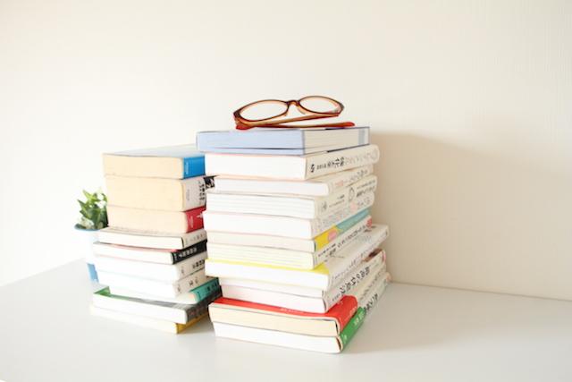 メルカリ出品は売りやすい本だけ!手間も保管スペースも省いて楽ちんリサイクル