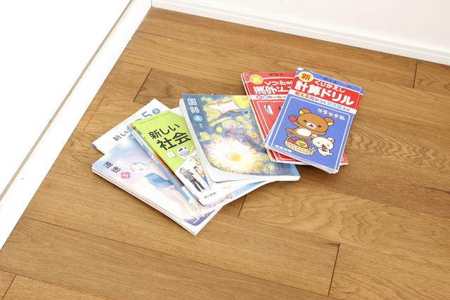 教科書は使い終わったら処分する?3つの残す理由を考えたら、もう迷わない!