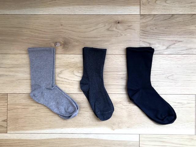 冬の靴下・タイツはニットと一緒に衣替え。靴下の収納があふれず、管理もラクになります