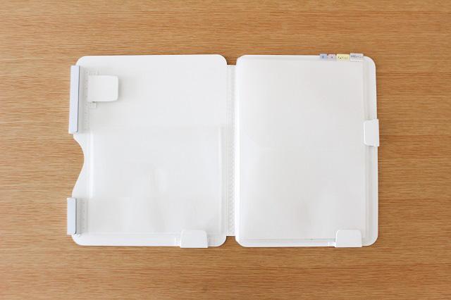「冷蔵庫ピタッとファイル」でプリントだらけの冷蔵庫がすっきり!管理もラクにする工夫