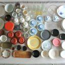 食器127点を12カ所の引き出しに分散収納。小さめ引き出しを使いこなすポイントとは?!