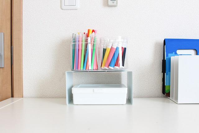 100均ブックエンドの便利な使い方5選。収納用品の増え過ぎにお悩みの方必見!