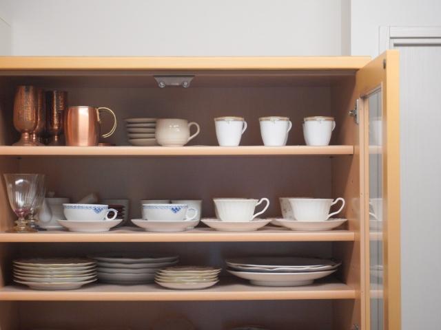キッチンのデッドスペースに何を入れる?あえて「使いこなさない」と決めた収納の使い方