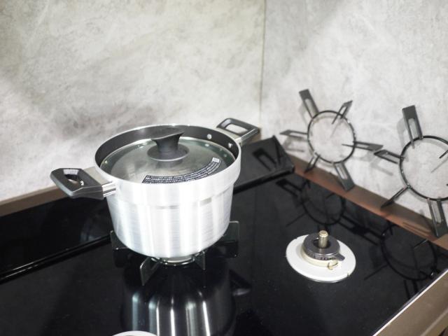 便利な調理家電は「ホットクック」だけじゃない!? 最新ガスコンロのフル活用術