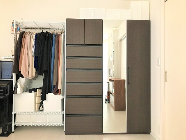 もう収納家具は増やしたくない! ものが増えたときの収納不足問題はスチールラックの組み替えで解決!